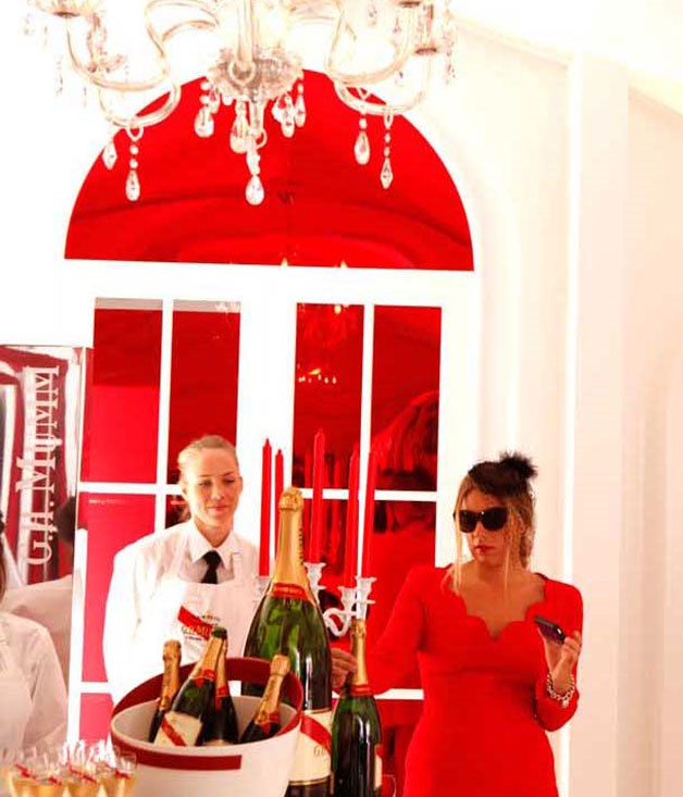**** Where the Champagne never ends - the Mumm marquee (2011).
