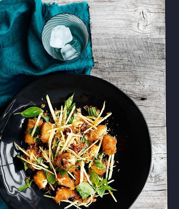 "[**Crisp fish, green mango and roast coconut salad**](https://www.gourmettraveller.com.au/recipes/browse-all/crisp-fish-green-mango-and-roast-coconut-salad-11106|target=""_blank"")"