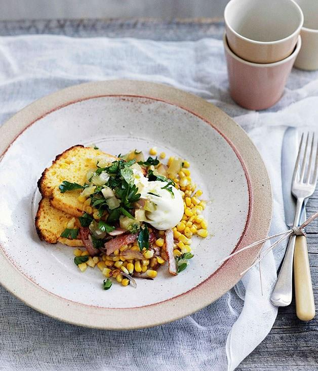 **Poached egg with cornbread, corn and bacon hash and green tomato relish**