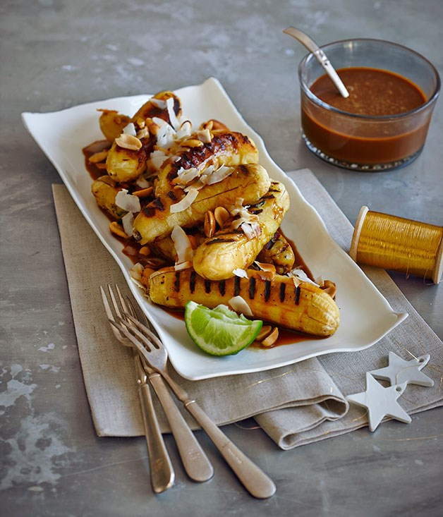 Grilled sugar bananas with coconut caramel sauce