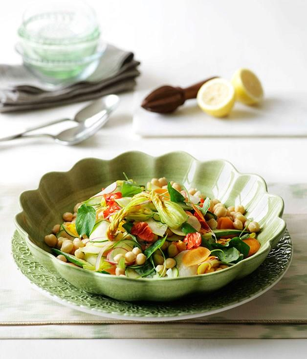 **Chickpea and summer vegetable salad**