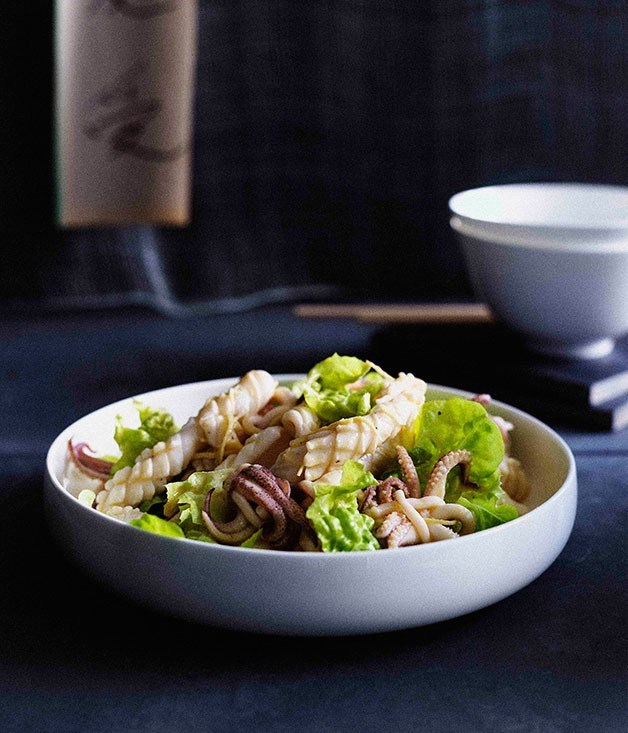 **Calamari salad with torn lettuce**