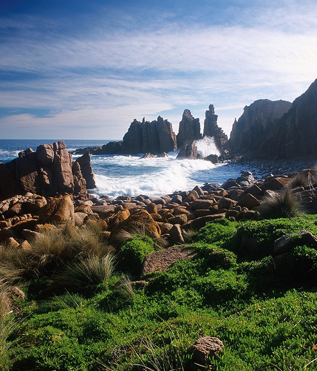 """**Phillip Island** Fairy penguins? Tick. Motorbikes? Tick. But motorsports and waterfowl are just the beginning of Victoria's favourite island's appeal. [_visitphillipisland.com_](http://www.visitphillipisland.com/ """"Phillip island"""")"""