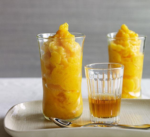 Mango slushies with rum and mint