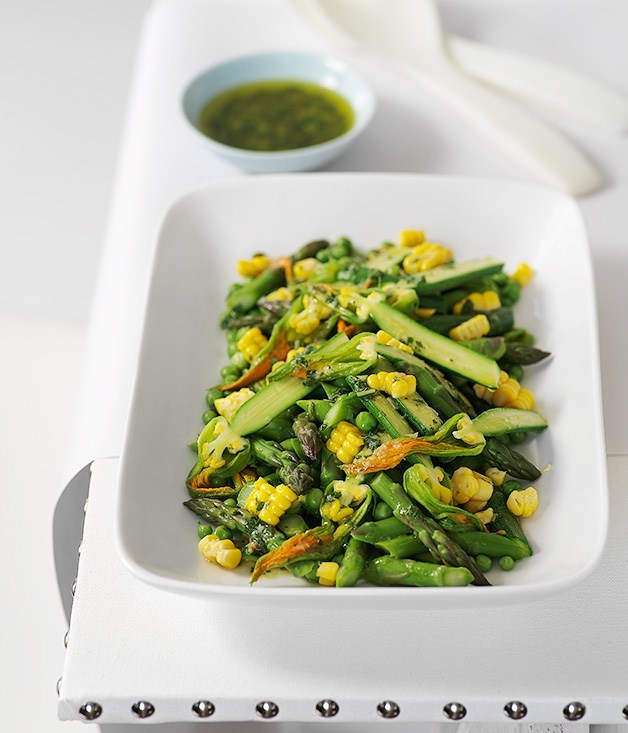 **Summer vegetable salad with mint and lemon dressing**