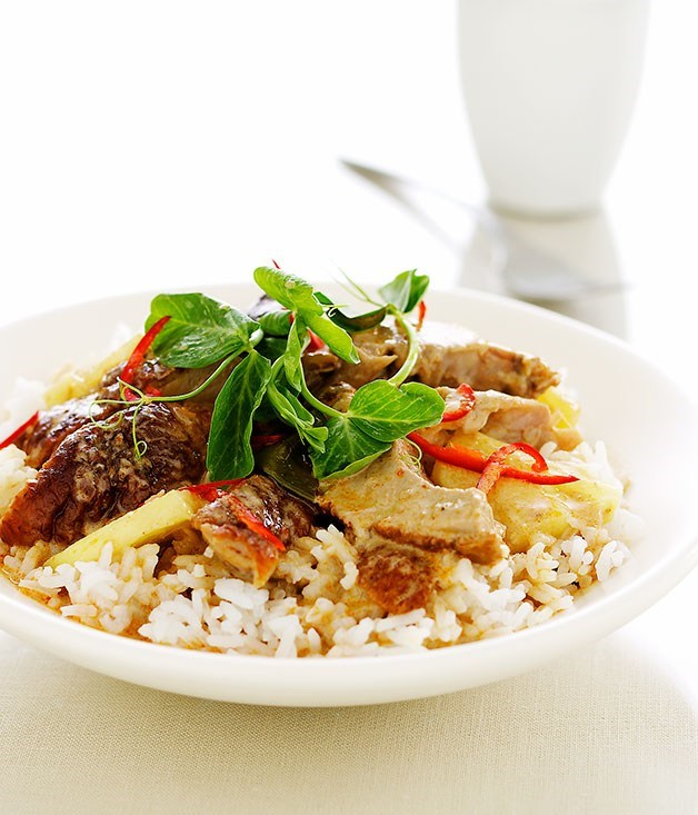 **Red duck curry with pineapple and tamarind**