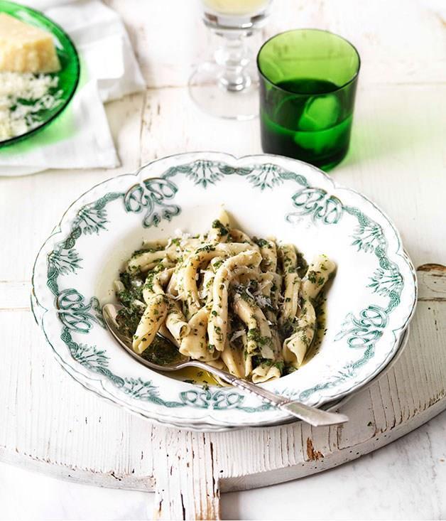 "[**Rustichella casarecci**](https://www.gourmettraveller.com.au/recipes/browse-all/rustichella-casarecci-14091|target=""_blank"") <br><br>"