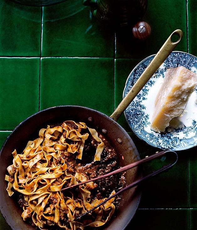 "[**Ragu all Bolognese**](https://www.gourmettraveller.com.au/recipes/browse-all/ragu-alla-bolognese-10144|target=""_blank"") <br><br>"