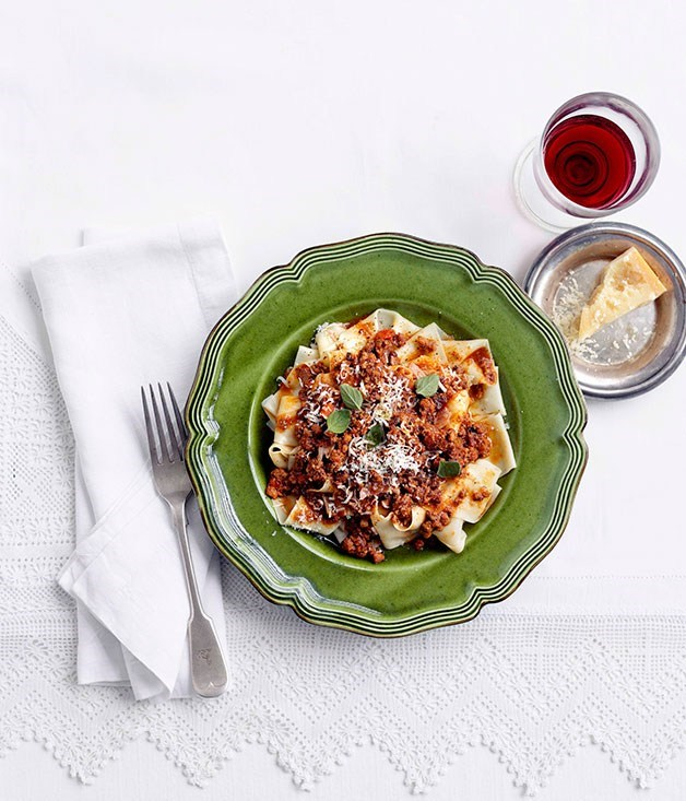 "[**Bolognese sauce**](https://www.gourmettraveller.com.au/recipes/browse-all/emma-knowles-bolognese-sauce-10533|target=""_blank"") <br><br>"