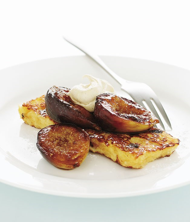 **Pain perdu with pan-fried figs and spiced cream**