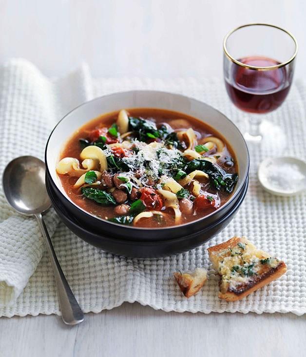 **Bean, cavolo nero and pasta soup**