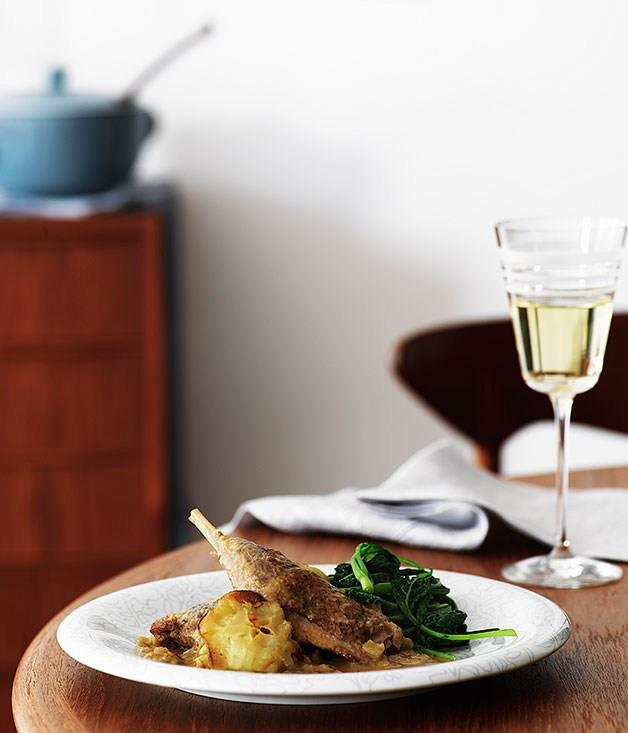 """[**Guinea fowl with apples, Calvados and cavolo nero**](https://www.gourmettraveller.com.au/recipes/browse-all/guinea-fowl-with-apples-calvados-and-cavolo-nero-9690