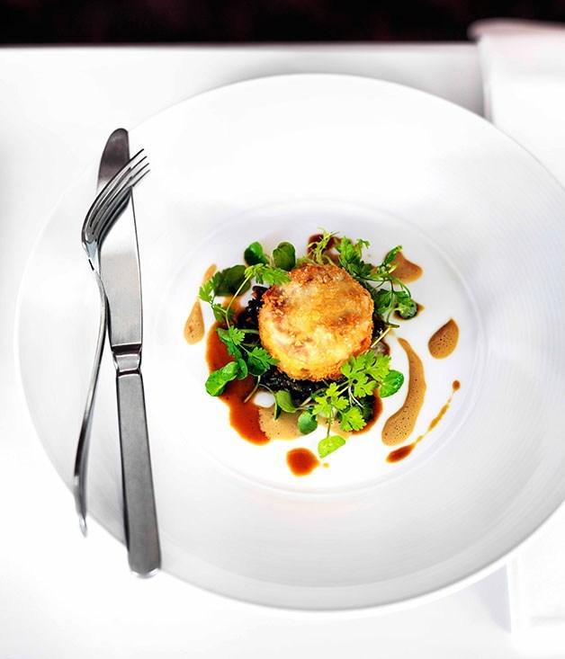 **Quail and foie gras cromesquis with braised lentils**