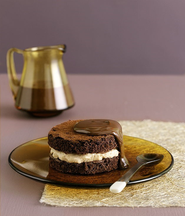 **Chocolate chestnut cakes**