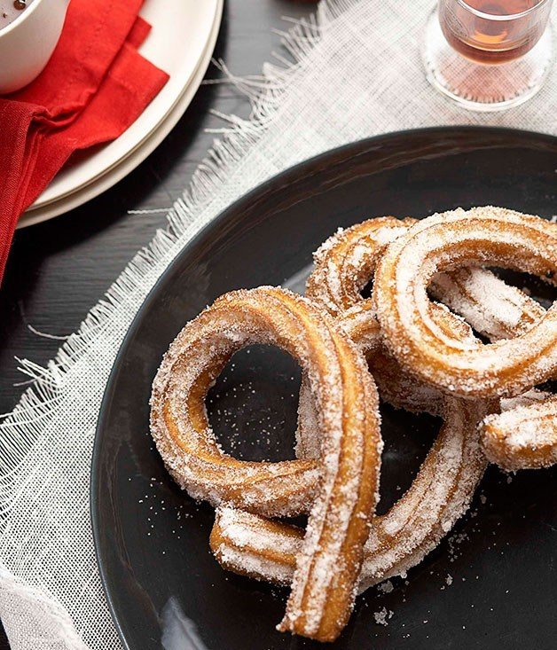 **Churros with hot chocolate**