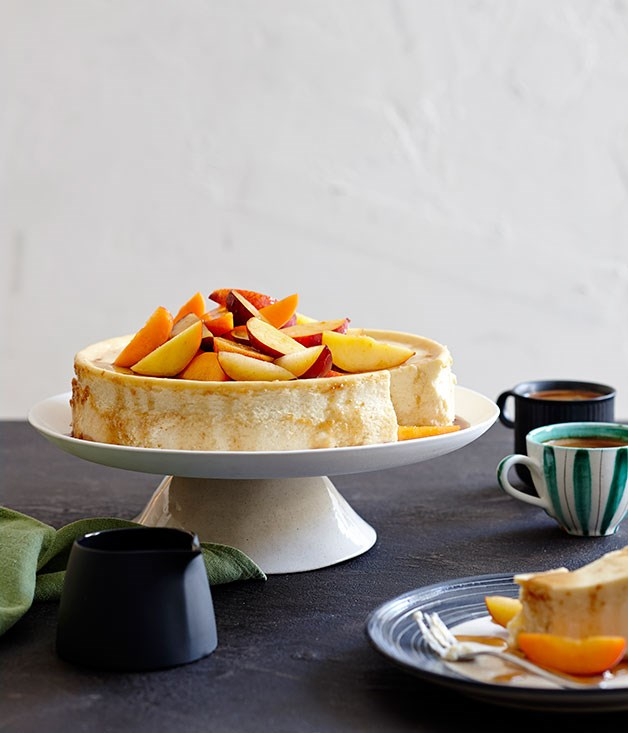 **Ricotta cheesecake with end-of-summer fruit**