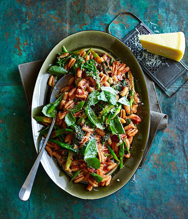 "**[Gnocchetti Sardi with tomato sugo, broccolini and pecorino](https://www.gourmettraveller.com.au/recipes/fast-recipes/gnocchetti-sardi-with-tomato-sugo-broccolini-and-pecorino-13454|target=""_blank"")**"