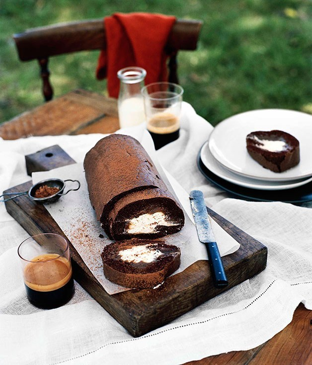 **Chocolate rolled sponge with chestnut cream**