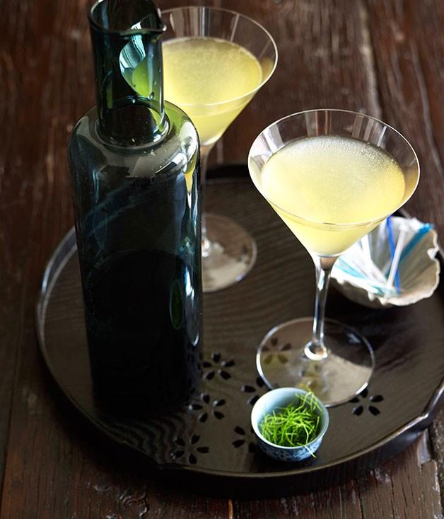 **Kaffir Lime and Green Apple Martini** Kaffir Lime and Green Apple Martini    [View Recipe](http://www.gourmettraveller.com.au/tetsuya_wakuda_kaffir_lime_and_green_apple_martini.htm)     PHOTOGRAPH CHRIS CHEN