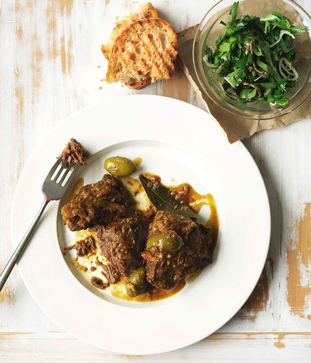 """[**Spanish braised beef cheeks with tomato bread, parsley and anchovy salad**](https://www.gourmettraveller.com.au/recipes/browse-all/spanish-braised-beef-cheeks-with-tomato-bread-parsley-and-anchovy-salad-10181