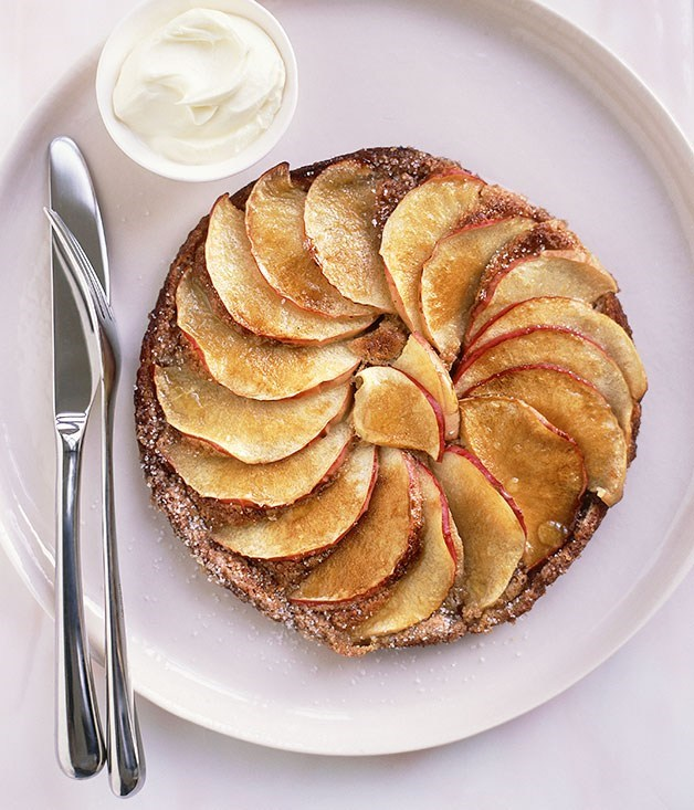 Russian treacle and apple pancakes - apple recipes
