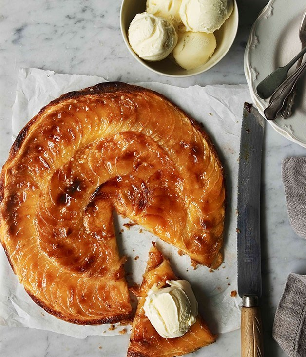 "**[Fine apple tart](https://www.gourmettraveller.com.au/recipes/browse-all/fine-apple-tart-14194|target=""_blank"")**"