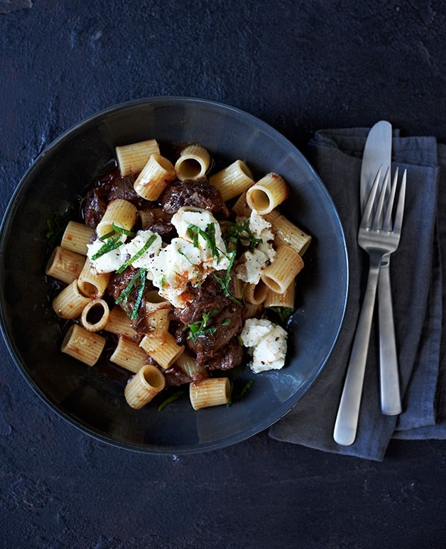 Braised beef shin with rigatoni, feta and mint