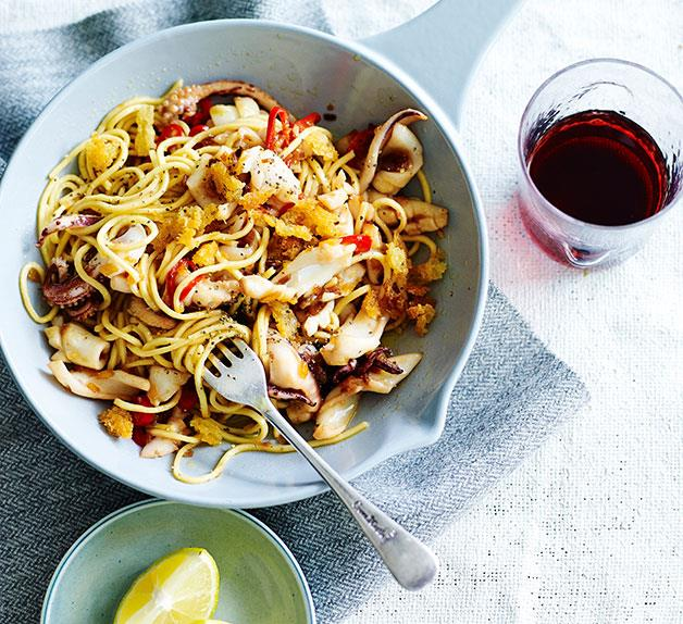 Spaghettini with calamari, rosemary and lemon