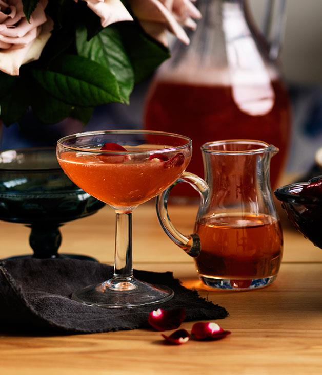 "[Sparkling rose cup](http://www.gourmettraveller.com.au/recipes/browse-all/sparkling-rose-cup-11962|target=""_blank"")"