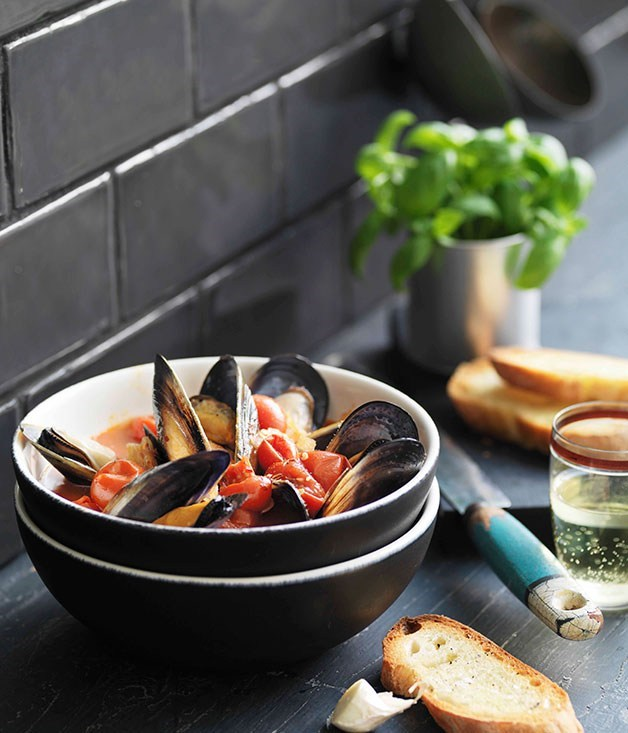 "[Pugliese mussel soup with garlic bruschetta (zuppa di cozze piccante)](https://www.gourmettraveller.com.au/recipes/browse-all/pugliese-mussel-soup-with-garlic-bruschetta-zuppa-di-cozze-piccante-11053|target=""_blank"")"