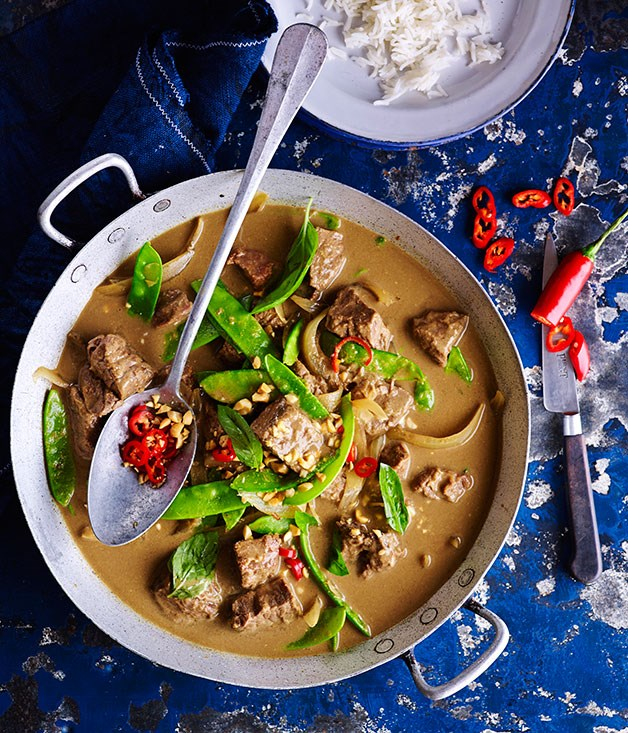 "**[Coconut curried beef](https://www.gourmettraveller.com.au/recipes/browse-all/coconut-curried-beef-11999|target=""_blank"")**"