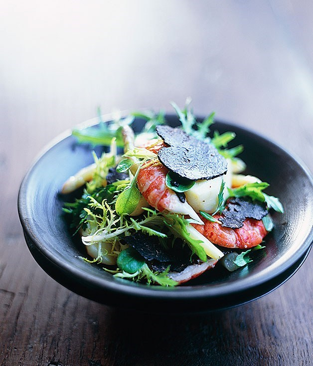 **Marron, truffle and asparagus salad**