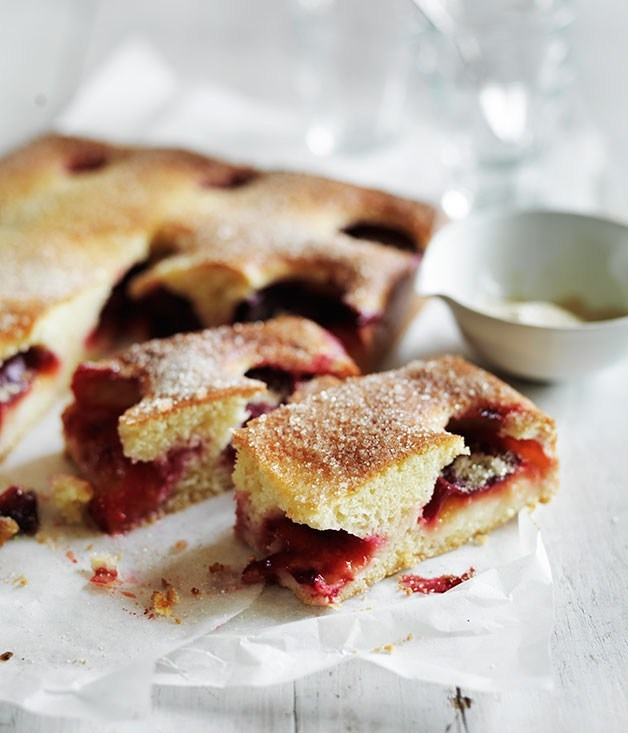 **Plum torta with cardamom sugar**