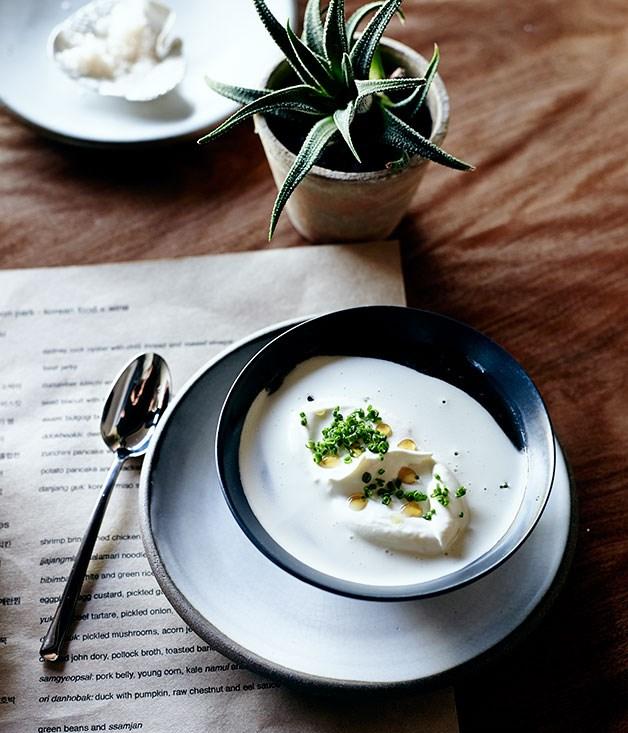 Korean miso soup with oyster cream (doenjang guk)