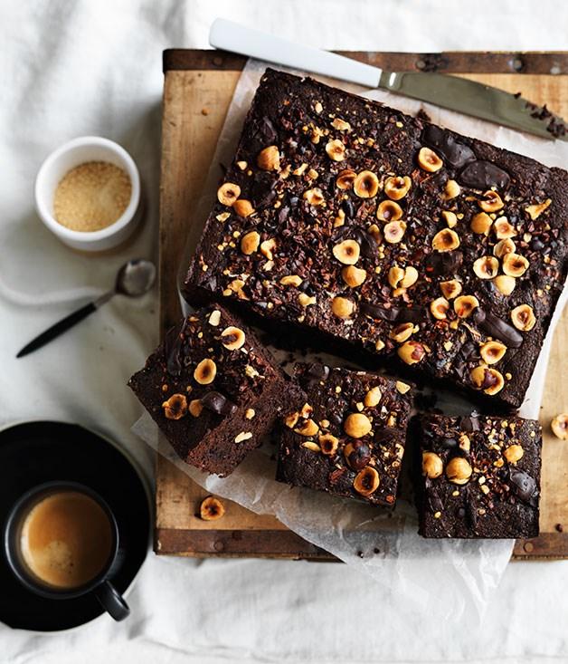 Spiced hazelnut-cacao brownie
