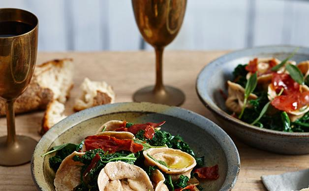Spelt tortellini with rabbit, kale, tarragon butter and fried prosciutto