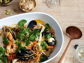 Seafood khoresh
