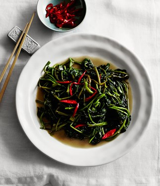 Stir-fried water spinach with preserved bean curd (fu yu ong choy)