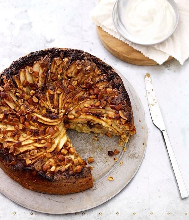 "[**Flourless apple, almond, raisin and ginger cake**](https://www.gourmettraveller.com.au/recipes/chefs-recipes/flourless-apple-almond-raisin-and-ginger-cake-8888|target=""_blank"")"