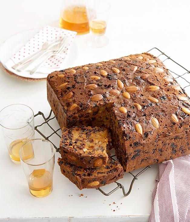 "[**Christmas Cake**](https://www.gourmettraveller.com.au/recipes/browse-all/ma-harveys-christmas-cake-14034 target=""_blank"")"