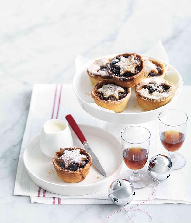 "[**Fruit mince tarts**](https://www.gourmettraveller.com.au/recipes/browse-all/fruit-mince-tarts-14122|target=""_blank"")"