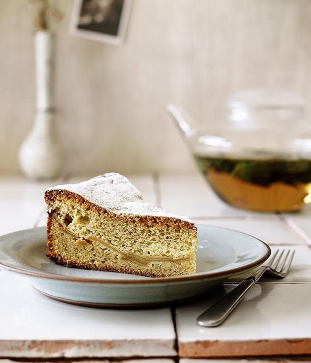"[**Apple tea cake**](https://www.gourmettraveller.com.au/recipes/browse-all/apple-tea-cake-14056|target=""_blank"")"