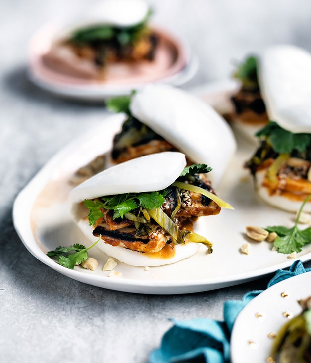 Peanut-butter tofu buns with burnt chilli mayo