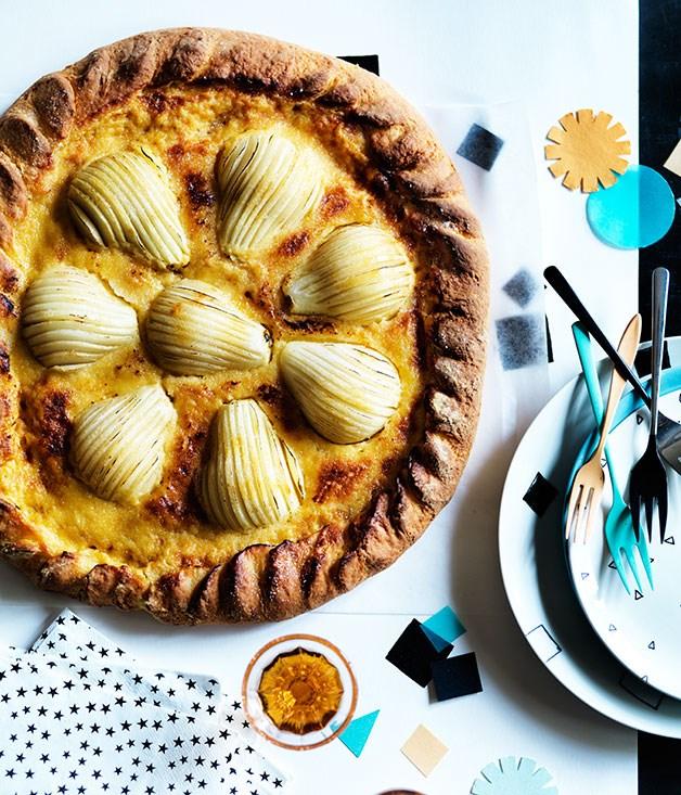 Pear brioche tart with maple custard cream