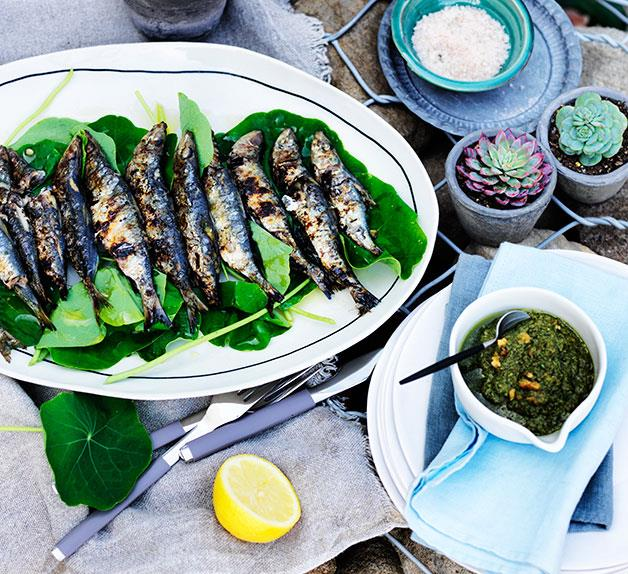 Grilled sardines with nasturtiums and rosemary tarator
