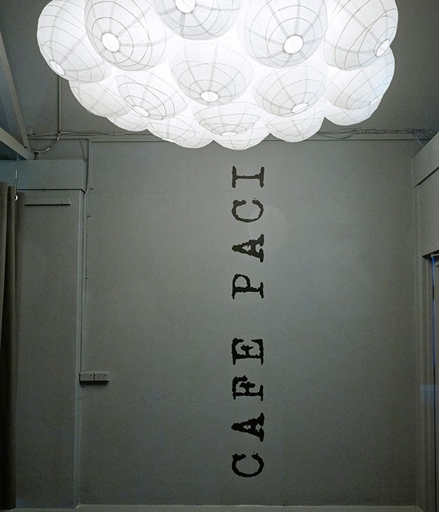 """**** At the entrance of [Café Paci](http://gourmettraveller.com.au/restaurants/restaurant-reviews/2013/9/cafe-paci,-sydney/ """"Cafe Paci, Sydney""""), Livissianis created interest with a cluster of white paper lanterns."""