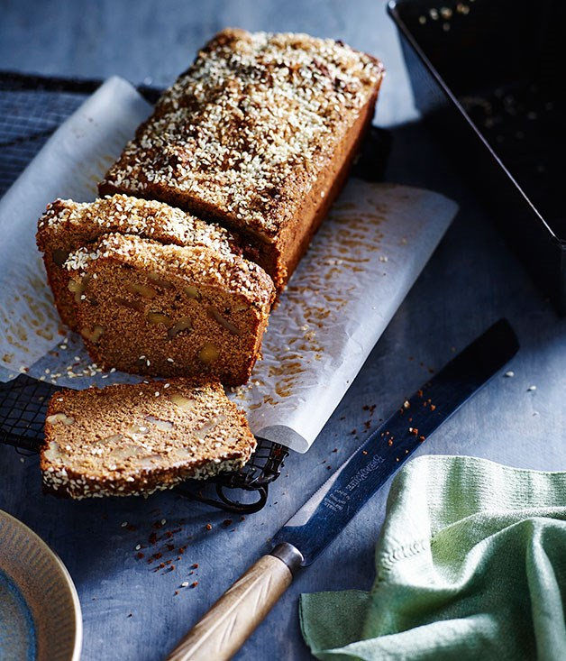 Molasses sugar and sesame banana cake