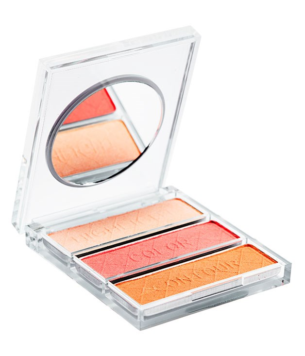 "**** [Napoleon](http://www.napoleonperdis.com ""Napoleon Perdis"") The Ultimate Contour Palette, $60 is a no-fuss compact for those who like to get busy contouring."