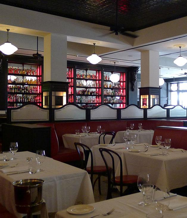 """[**Tartufo**](https://www.gourmettraveller.com.au/dining-out/restaurant-reviews/tartufo-7023
