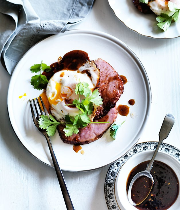 Ham steaks with fried egg and chilli tamarind sauce
